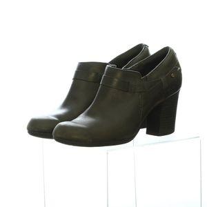 Clarks 7 Womens High Heels Heel Closed